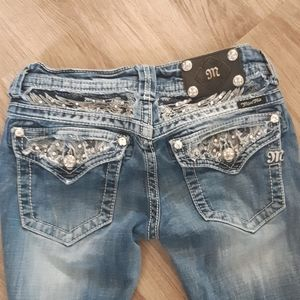 MISS ME Jeans with embellished back